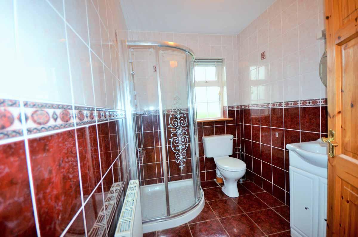 12_Shower Room