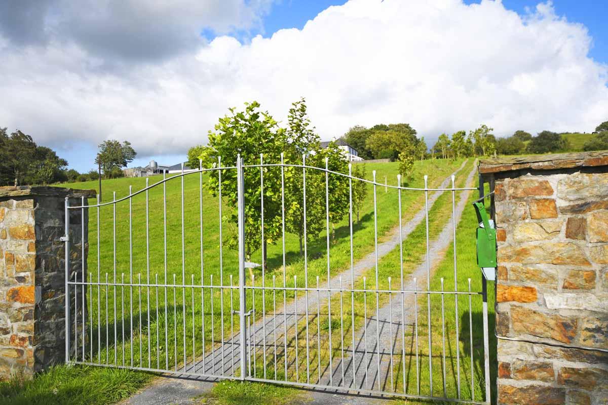 13_Entrance Gate