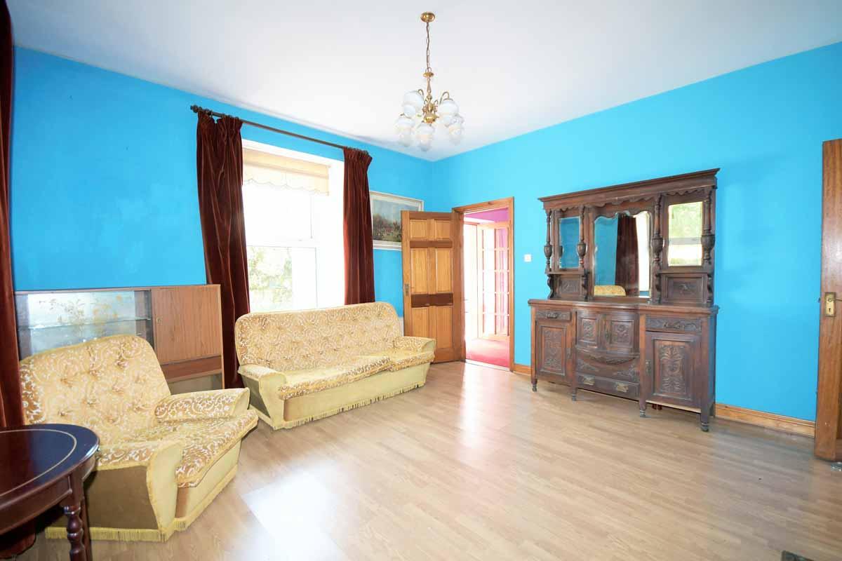 19_Living Room