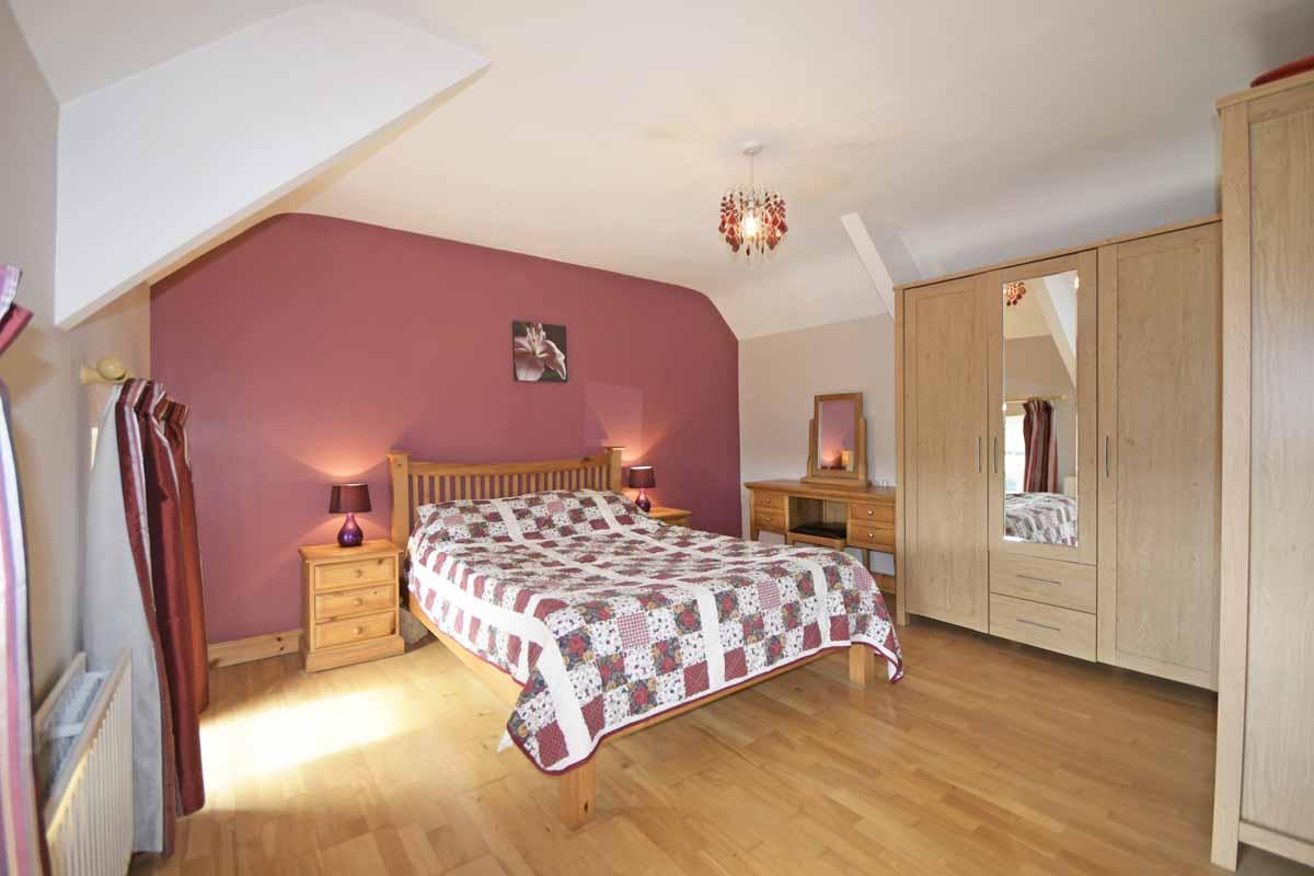 19_Master Bedroom