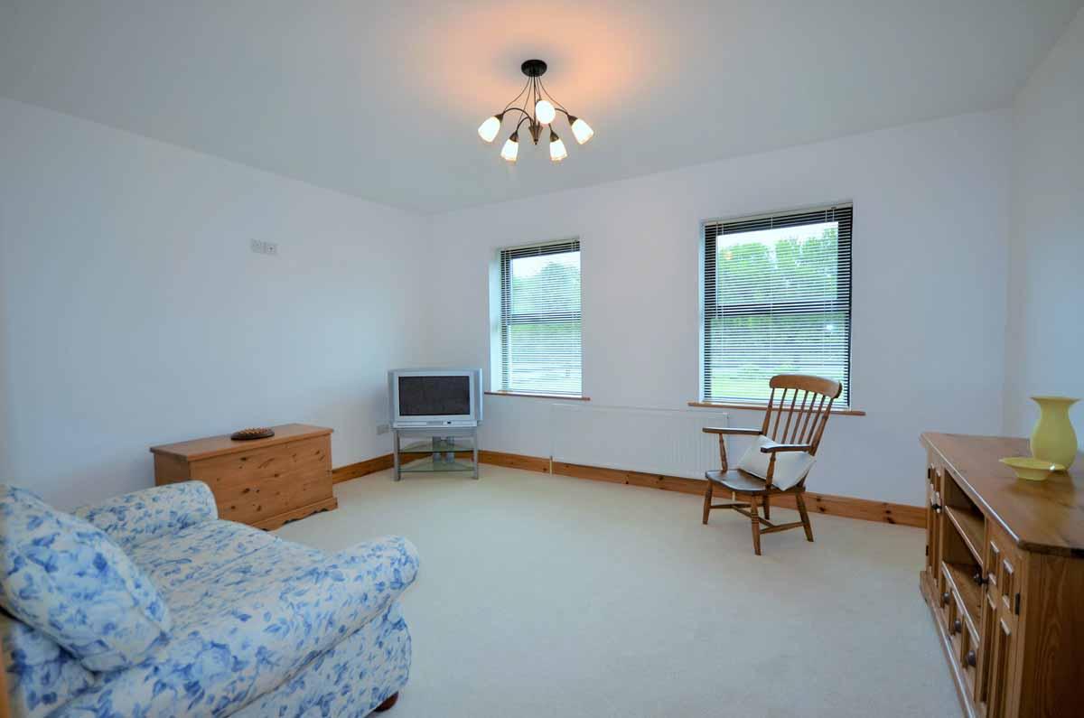 24_Sitting Room