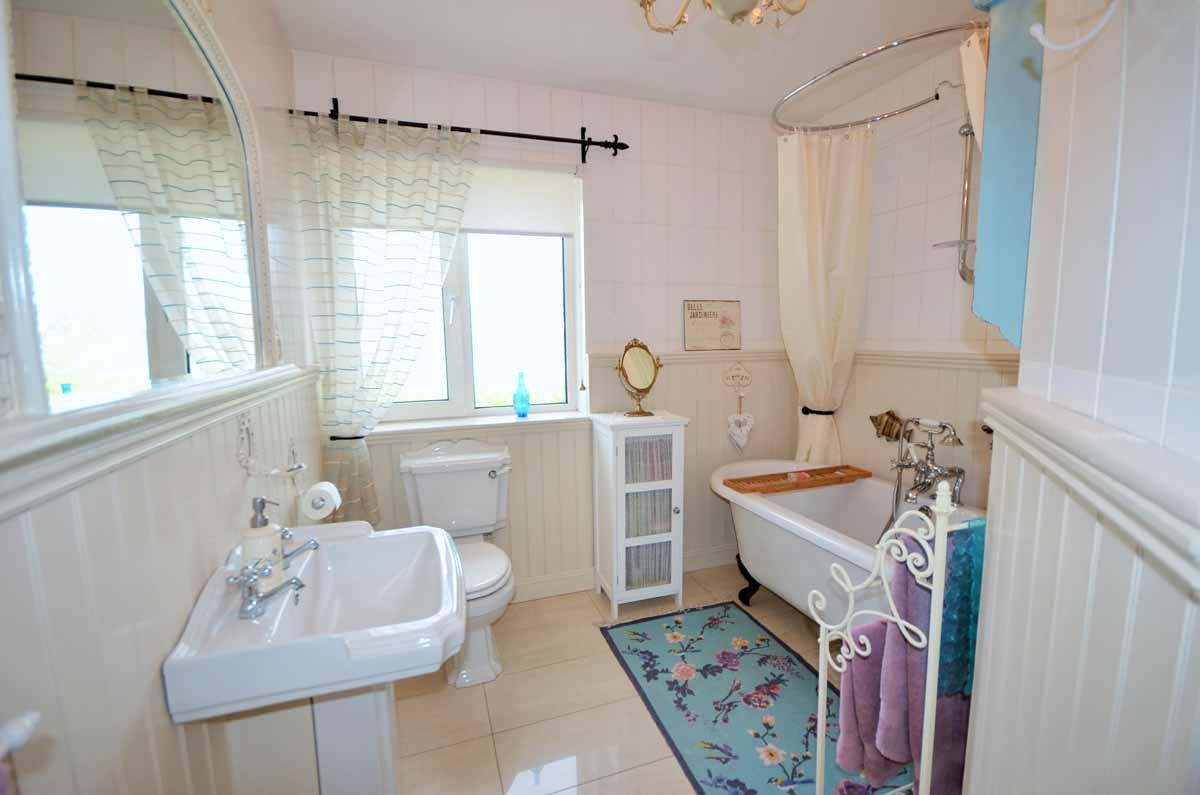 30_Bathroom