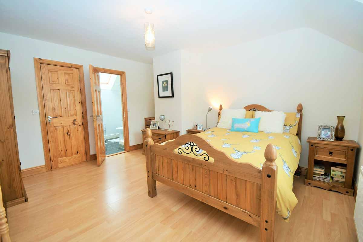 31_Master Bedroom