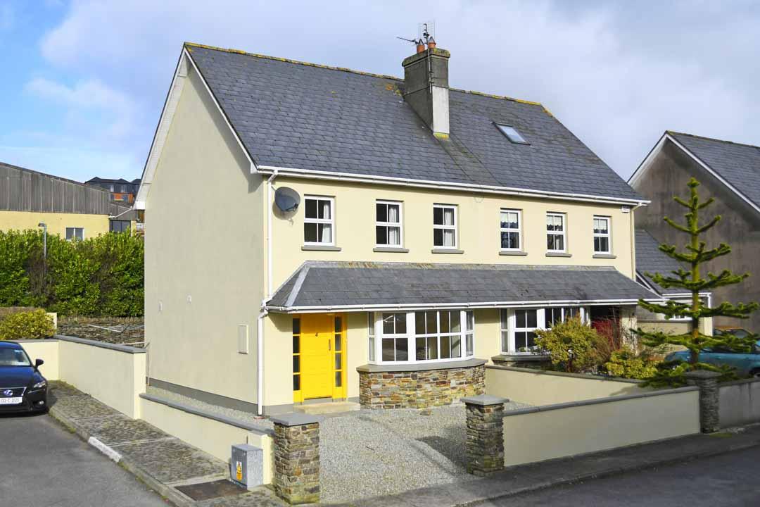 4 College Grove Clonakilty West Cork