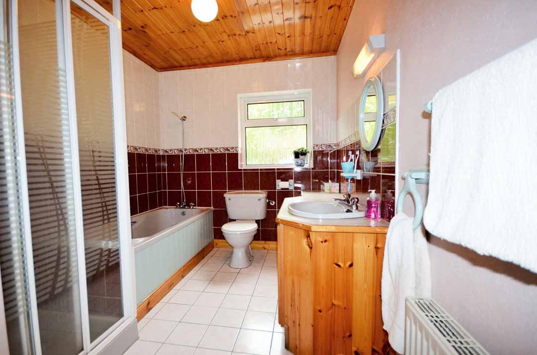 16_Bathroom
