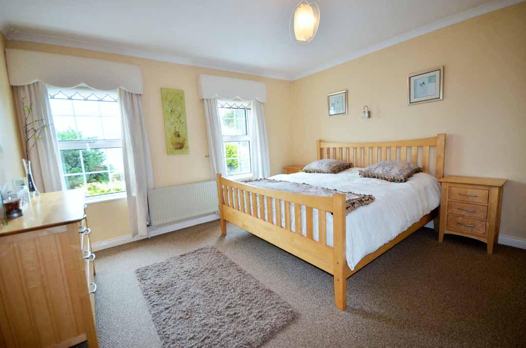 19_Bedroom