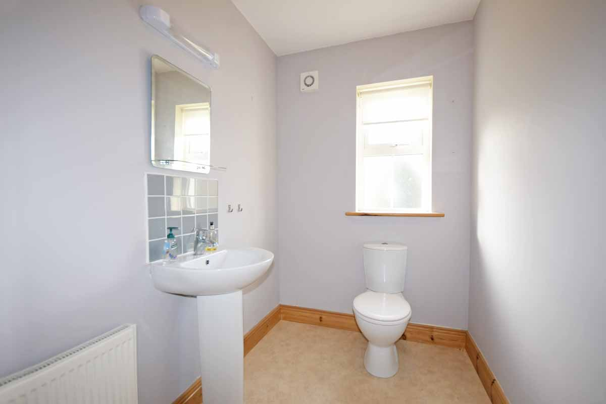 17_Downstairs Toilet