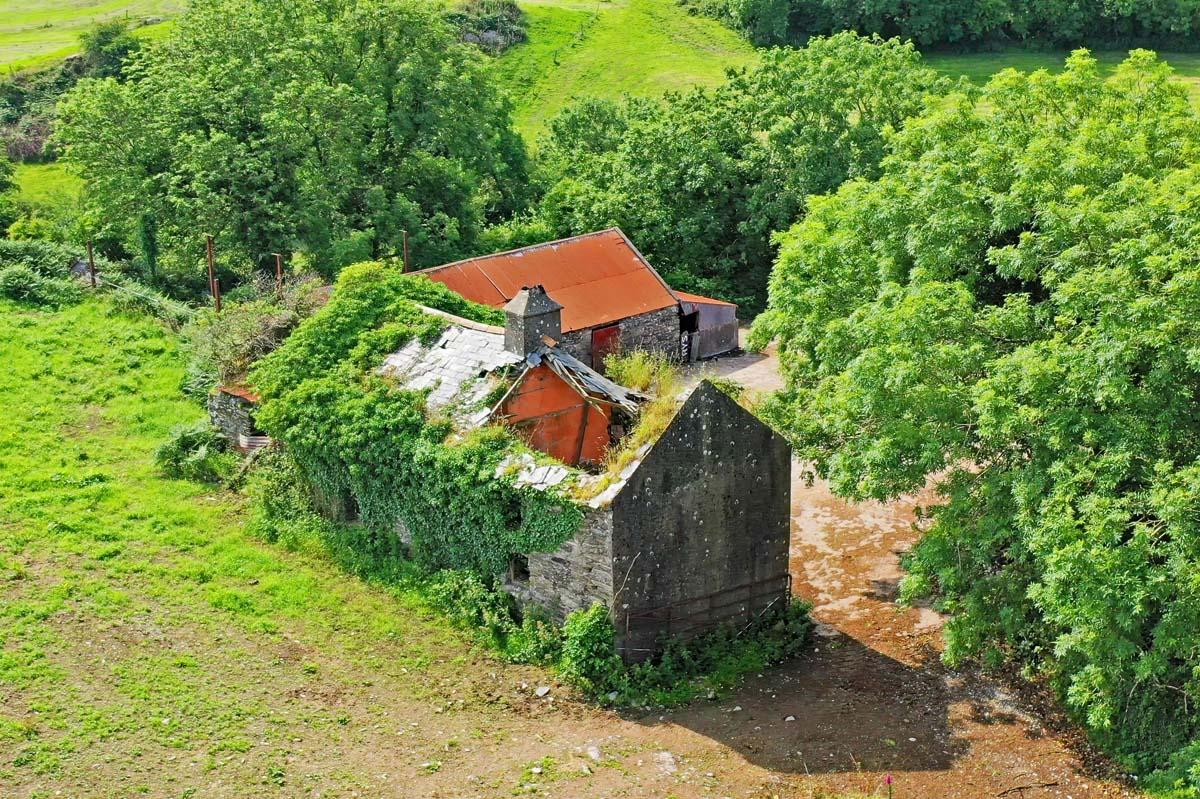 4_Farmhouse