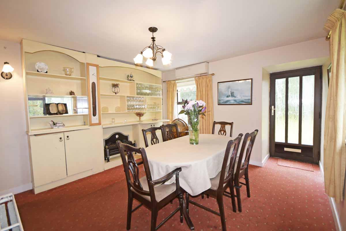 17_Dining Room