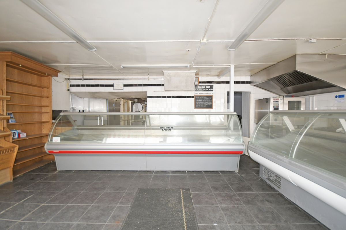 10_Retail Area