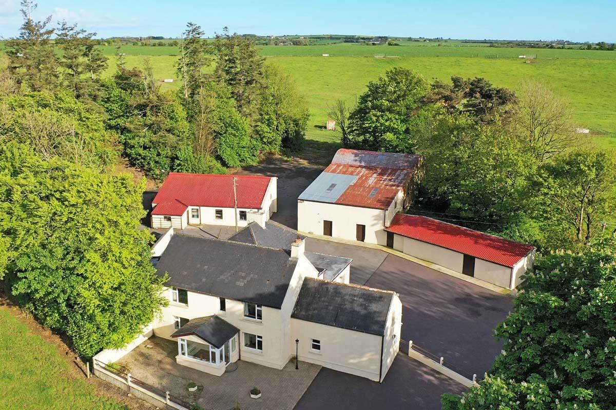 5_House and farm buildings
