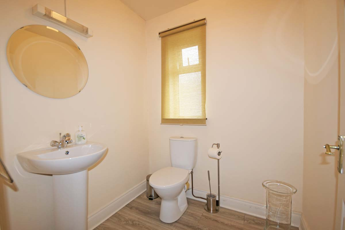 9_Toilet