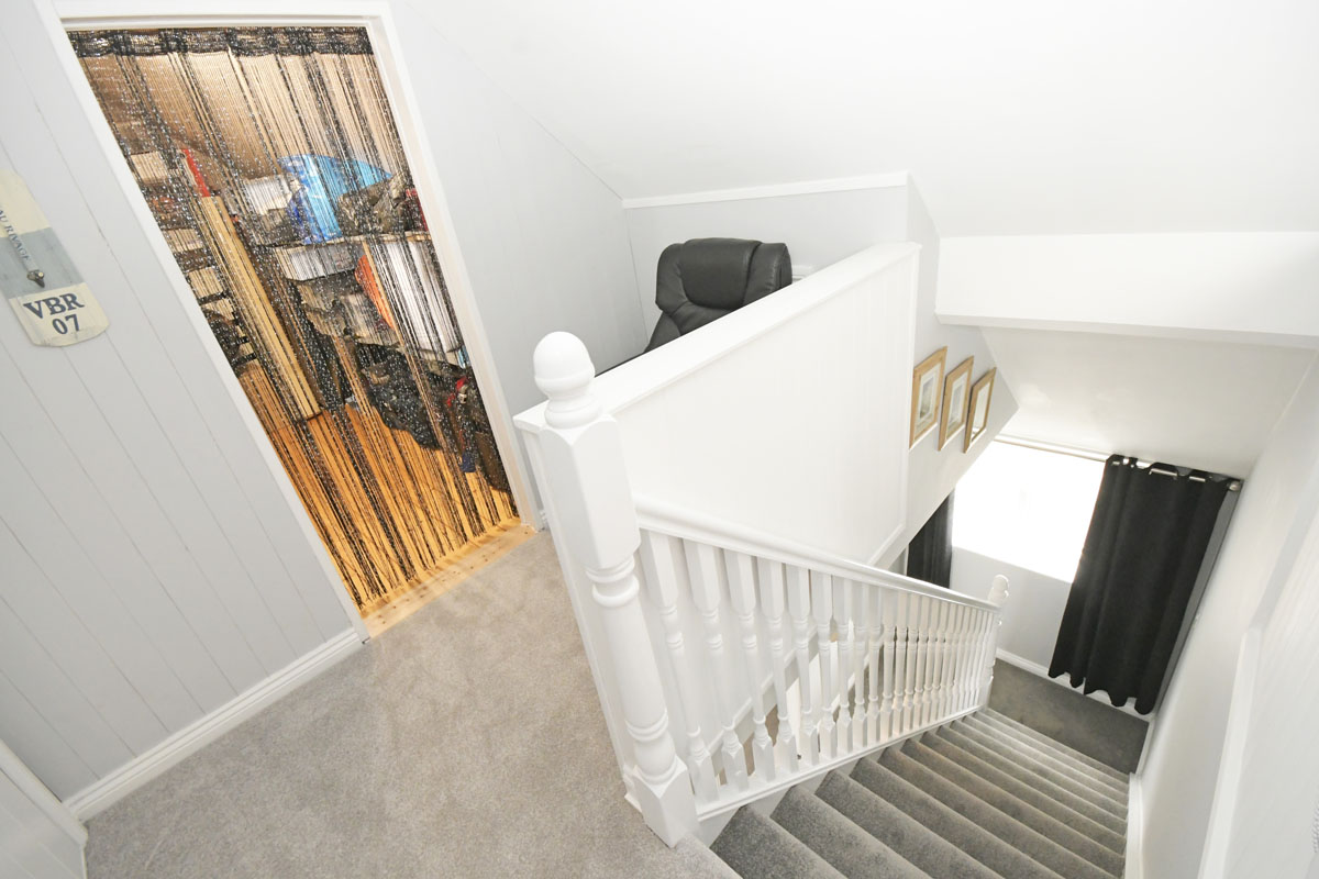 29_Stairs to attic rooms