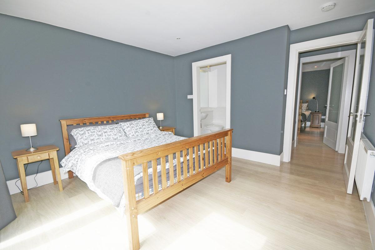 31_Bedroom_3