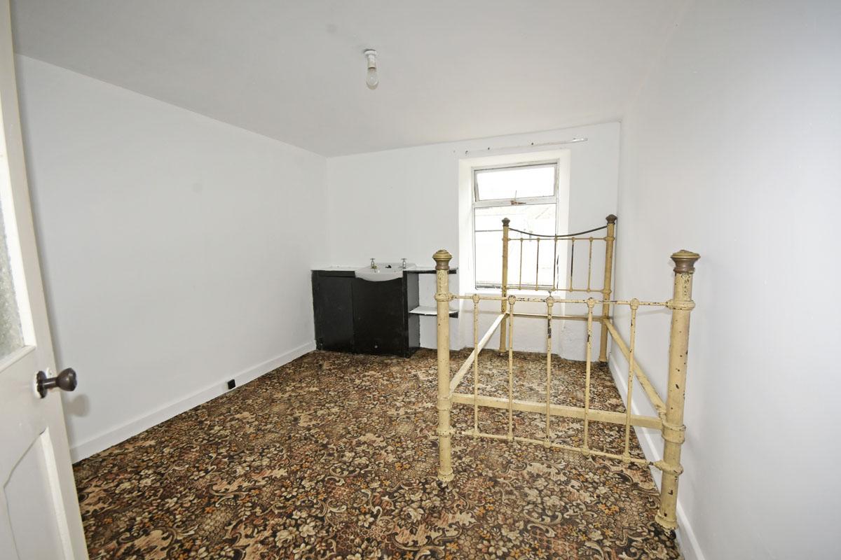 38_Cottage_Bedroom 1