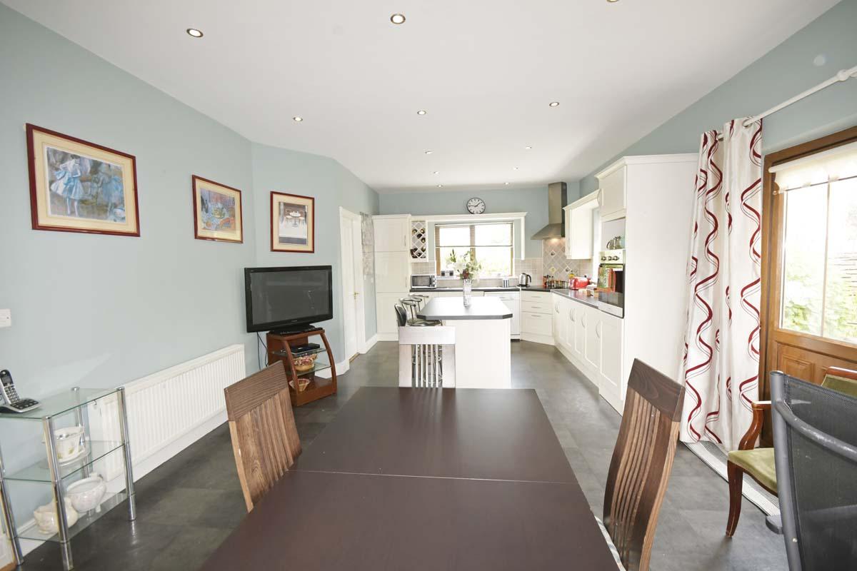 19_Dining Kitchen Area