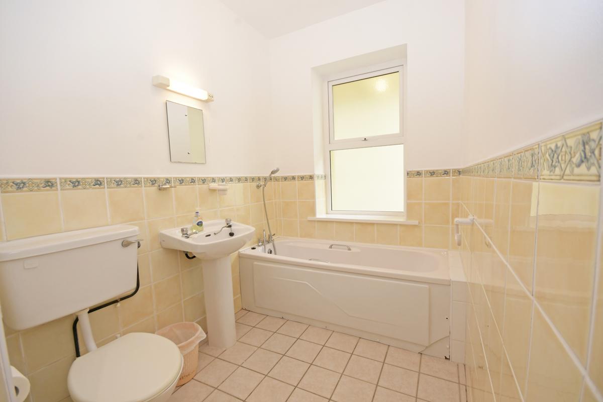 21_Downstairs Bathroom