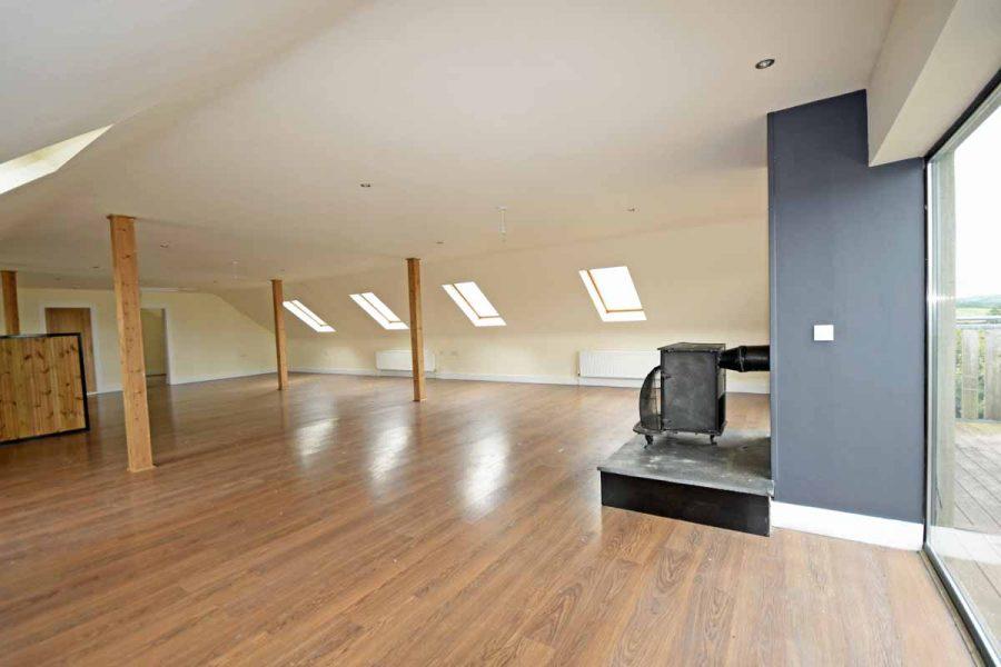 14_Open plan living area