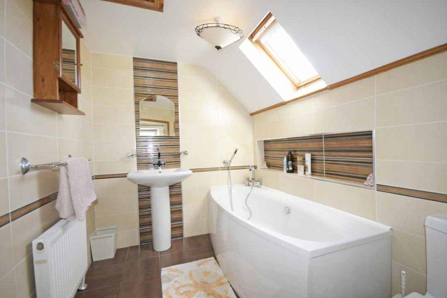 19_Bathroom