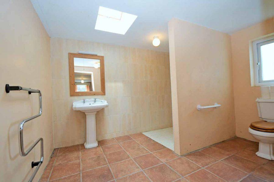 20_Downstairs Bathroom